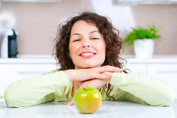 Szeretne leadni pár kilót egészségesen? Íme, az almadiéta!