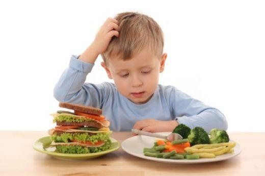 3 hiba, ami a gyerekek elhízását okozhatja