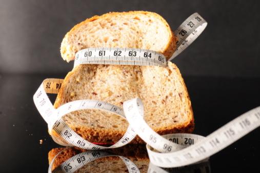 A fogyókúrás szakértő elárulja, miért hiba kiiktatni a szénhidrátokat az étrendb...