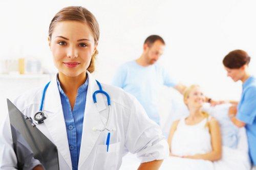 Mi csorbíthatja a betegek méltóságát a kórházakban?